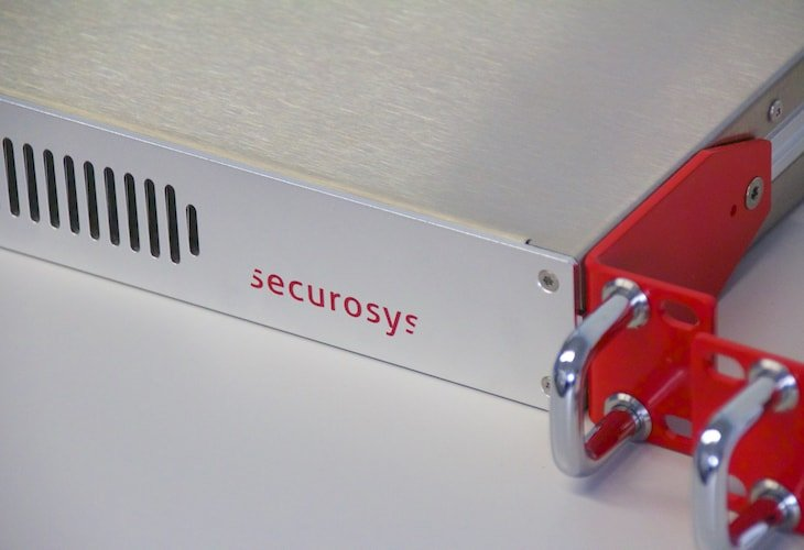 Securosys-Primus-HSM-E-Series-Detail-Front-Right
